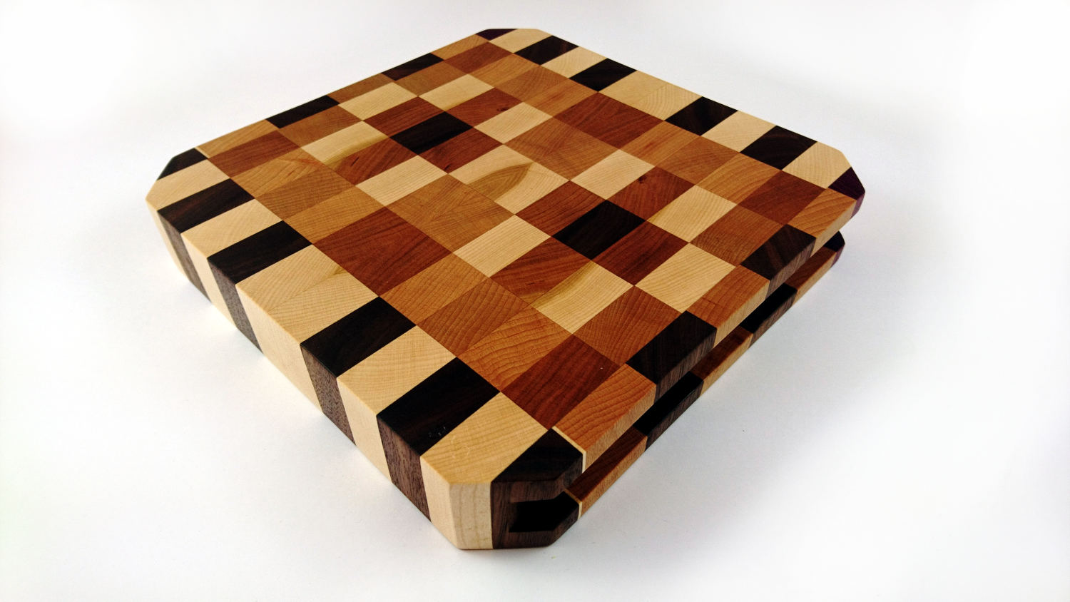 Isometric view of Butchers Block Small with Cut Corners